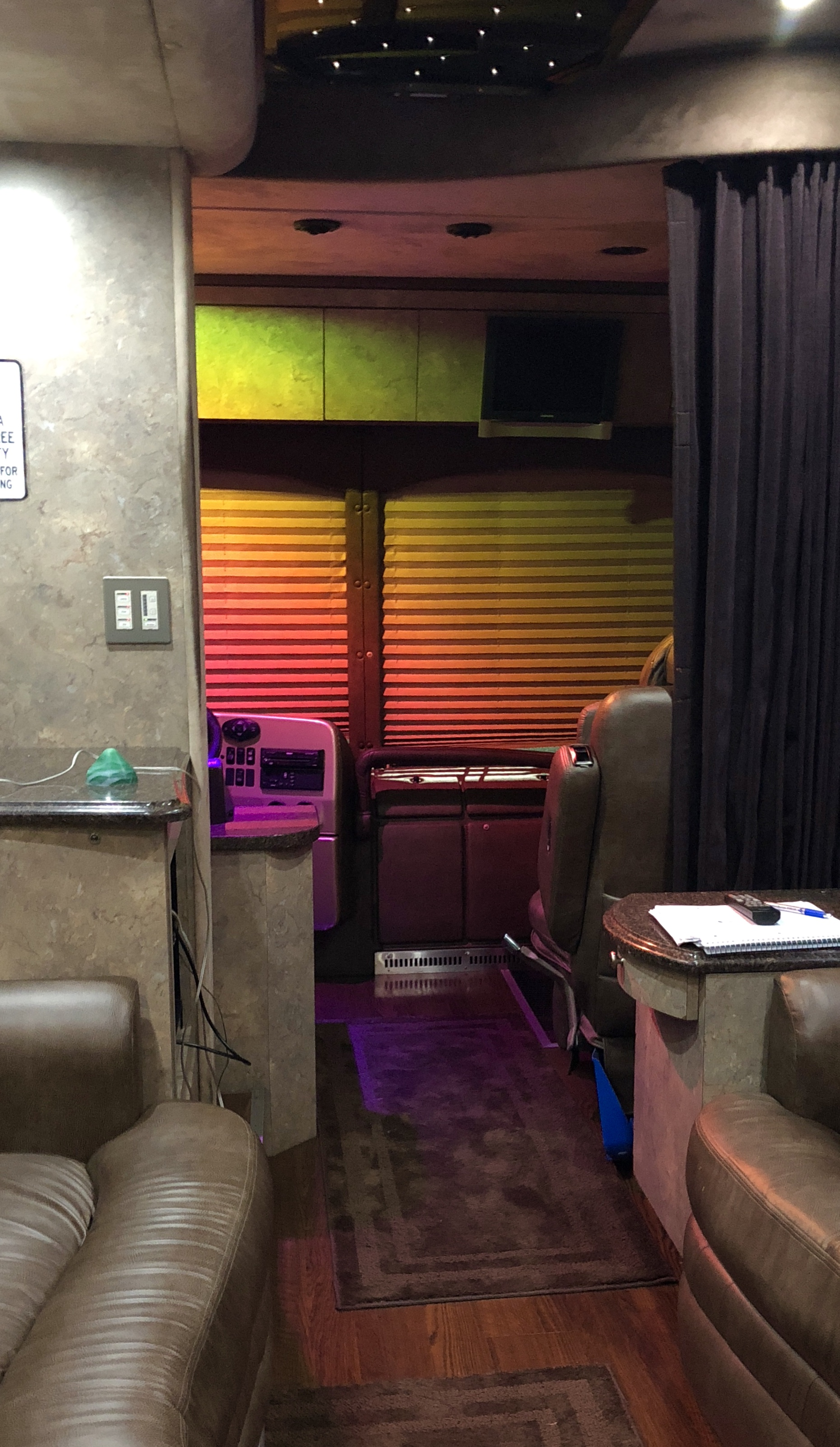 Dream Relived Tour Coach Cab in Color 2018